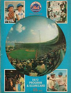 1972 NEW YORK METS vs MONTREAL EXPOS  baseball program