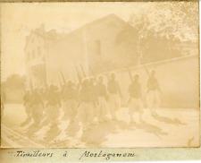 Algérie, Tirailleurs à Mostaganem, ca.1898 vintage citrate print Vintage citrate