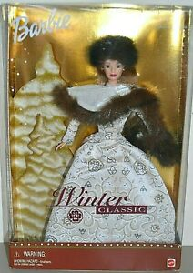 2001 Playline Collector Special Edition WINTER CLASSIC Blonde Barbie