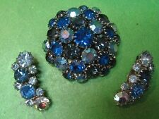 Karu Arke Blue Rhinestone Round Brooch with Earrings Set - Sparkling Vintage