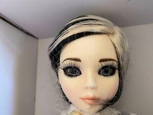 Tonner Ellowyne Wilde ~ Resin Royal Rock Short Black & White Wig ONLY