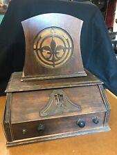 Antique NEUTROWOUND Radio and original Speaker 1928 Model for restoration