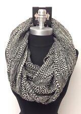 Men Women's Winter Soft Knit Plaid Circle Loop Infinity Scarf Shawl, Black/White