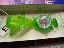 watch green Puk-Puk Armbanduhr W&LT von fashion show mit Walter v. Beirendonck