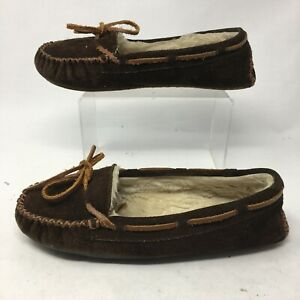 Minnetonka Womens 9 Cally Slip On Moccasin Slippers Brown Suede Fur Casual 4012