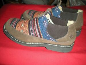 ROPER WOMEN'S ISABEL AZTEC FABRIC SUEDE SLIP ON SHOES - ROUND TOE 10