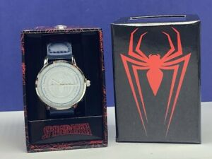 Spider-man Peter Parker Marvel comics watch wristwatch nib box accutime white