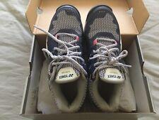 yonex tennis shoes Ladies Size 6.5