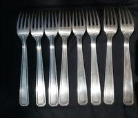 8 Fourchettes en métal argenté Art déco XX siècle