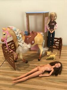 Barbie Tawny Walking neighing Horse  1990s, stable dog and doll - extra teresa