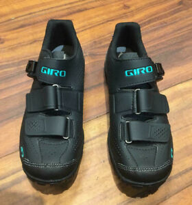 Giro Women's Terradura Cycling Shoes - Black/Dynasty Green, EU 40.5 (US 8.5)