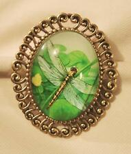 in Flight Cameo Goldtone Brooch Pin Handsome Swirl Rim Green & Yellow Dragonfly
