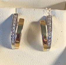 Beautiful 18ct Yellow And White Gold Diamond Earrimgs. In Box.