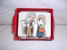 Preiser 45052 Traveling couple.