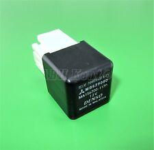 473-Mitsubishi 90-12 4-Pin Negro Poder Iso sin Relé MB629080 MA156700-1170 Denso