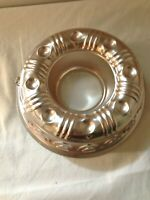 Vintage Copper color Aluminum Jello Bundt Cake Mold Kitchen Wall Hanging country