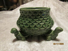 Pottery Pot on 3 Turtles