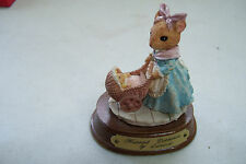 Harriet Dormouse by Leonardo Mouse Figurine pushing baby mouse in stroller