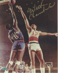 Wilt Chamberlain autographed 8x10 action color phoro PSA DNA Certified