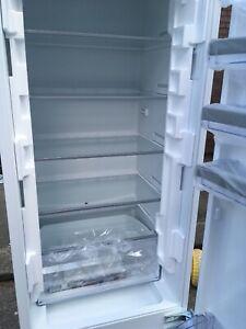 NEFF KI5872F30G Integrated 70/30 Fridge Freezer- D A O