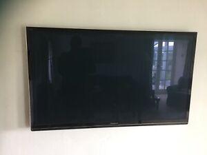 """tv panasonic 50"""" smart TV"""