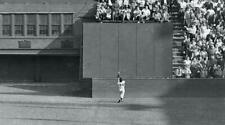Willie Mays San Francisco Giants The Catch UNSIGNED 8x10 Photo
