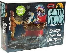 Polar Lights Haunted Manor Dungeon Escape Model - Haunted Mansion Kit