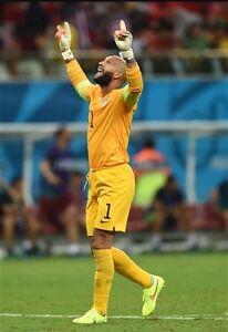 USMNT Nike official match version goalkeeper Shorts   Worn By Tim Howard size L