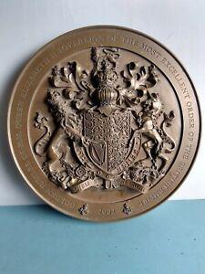 QUEEN ELIZABETH GOLDEN JUBILEE OBE PLAQUE 2002. Royal Family MBE