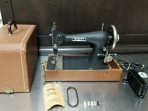 WHITE Long Shuttle Sewing Machine and Case. E-6354. Excellent Vintage.