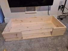 tortoise table Box