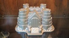 Williams Sonoma Nordic Ware Sand Castle Bundt Birthday Cake Pan Baking Mold