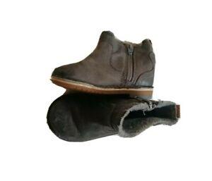 Baby girl grey boot UK 4.5F EU 20.5