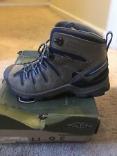 Keen-Womens Gypsum Mid Hiking Boots Size 9.5