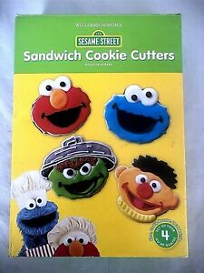 New Williams-Sonoma Sesame Street Sandwich Cookie Cutters Set of 4 Elmo Oscar