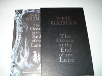 Signed Neil Gaiman Illustrated  Ocean at the end of the lane UK1/1 Slipcase