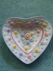 """Pastel Floral Porcelain Soap Dish 5 """" x 4 """" New in Box"""