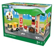 33427 Brio Bus and Train Station Wooden Railway