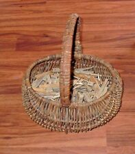 Vintage Buttocks Egg or Clothes Pins Butt Woven Basket Large Lot Laundry Pins