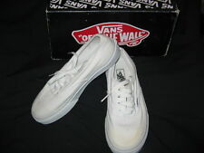VANS Off the Wall White Canvas Lace Up Kids Sz 2  Sneakers-IN BOX, WORN ONCE