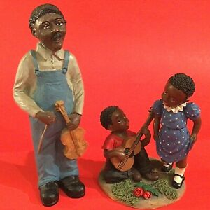 Folk art musician figurines Boy serenades girl Man with violin vintage Giftcraft