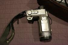 SONY DSC-F707 Digital Camera used