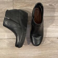 CLARKS Wedge Ankle Booties Black 6.5 Zipper Leather