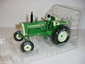 """1/16 Oliver 1855 Wide Front """"Firestone Edition"""" Tractor by Spec Cast NIB!"""