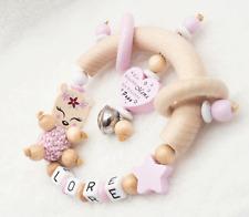 Greifling mit Namen Baby Rassel Holz ? REH ?Baby Mädchen Geschenk rosa Beißring