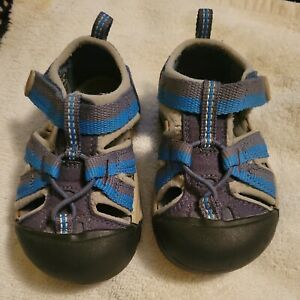 Keen Toddler Blue & Gray Sandal Size 6 Great Condition with Fast Shipping