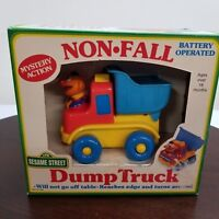 1991 Sesame Street Ernie Non Fall Dump Truck Pre-School Toy Battery Operated NOS