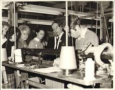 original braemar scottish  knitwear company photo 1970  - in house demonstration