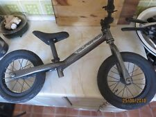 Islabikes Rothan - Balance Bike - GREY - lightweight