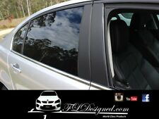 HOLDEN VE/VF SEDAN CARBON FIBRE LOOK DINOC PRE CUT PILLAR DECALS
